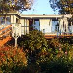 Foto de Water's Edge Bed and Breakfast