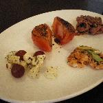 Hors d'oeuvres S$8.50