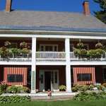 Bailey's Mills Bed and Breakfast resmi