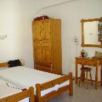Tota bedroom room 4