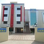 Hotel Damji