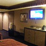 Dresser & luggage area & TV