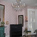 The Waldo House - Pretty room