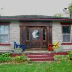 Pelee Places Stone Cottage