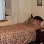 Central Guest House - Twin Room - Bed One