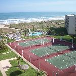 Photo de Royale Beach and Tennis Club