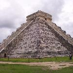  Chichen Itza&#39;s Kululkan Pyramid. Newly named the new 7th wonder of the world.