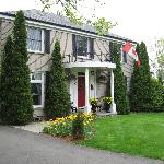 Photo of Abacot Hall Bed & Breakfast Niagara-on-the-Lake