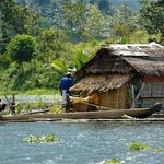 Lake Sebu, Fishermen near cottage