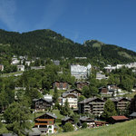  vue du village de Leysin