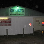 Richard&#39;s Seafood - note hours on sign