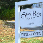 Foto di Sharp Rock Vineyard Bed and Breakfast Cottages