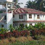  Mauli Resort