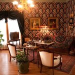  parlor at the Voss Inn