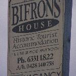 Photo de Bifrons House Serviced Apartments
