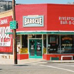 Riverport BBQ in the Jefferson Historic District