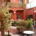  HOTEL PATIO