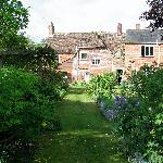 gardens at Yew Tree house