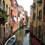  Those are the Locanda San Barnaba&#39;s balconies, down the canal on the left