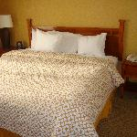 king bed with super soft bedding