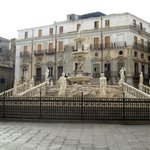 Fontana della Vergogna (Fontana Pretoria)