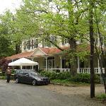 Edgeworth Inn