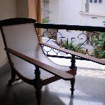 Easy-Chair infront of the room
