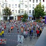  berlin marathon under my balcony!