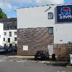 Travelodge Caterham Whyteleafe - Disabled parking area