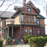 Beau Fleuve Bed and Breakfast Inn