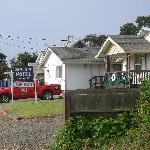  6-unit duplex/cottage style motel