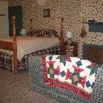 Foto de Pine Hollow Inn Bed and Breakfast