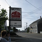  Red Barn Motel