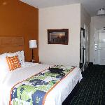 Photo de Fairfield Inn & Suites Santa Rosa Sebastopol