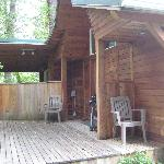  Roomy deck with bbq and hot tub