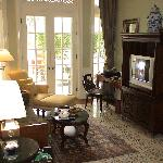 Living room - Colonial suite (19859398)