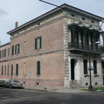 Lanaux Mansion