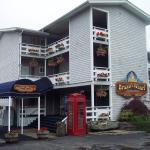 Brown&#39;s Wharf Inn