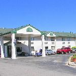 Photo de The Econo Lodge Milwaukee Airport Hotel