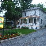صورة فوتوغرافية لـ ‪Accommodations Niagara Bed and Breakfast‬
