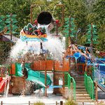 ‪Thunder Falls Family Water Park‬