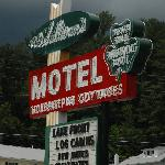 Zdjęcie O'Sullivan's On The Lake Motel