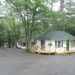 Hinckley&#39;s Dreamwood Cabins