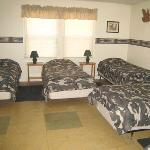  The lodge rooms can accommodate many guests.