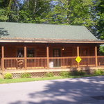 Cabins USA, Falling Rock Cabin