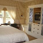  Bedroom Dogwood Cottage