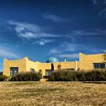 Foto de Akrotiri Estate Olive Grove & Accommodation