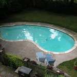  The Morningstar Inn pool