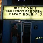 Who wouldnt LOVE a barefoot bar?