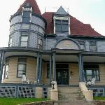 Levi Deal Mansion Bed & Breakfast